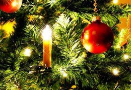 Immagine Cap d'Ail illuminata per Natale. Il 16 dicembre il magico evento