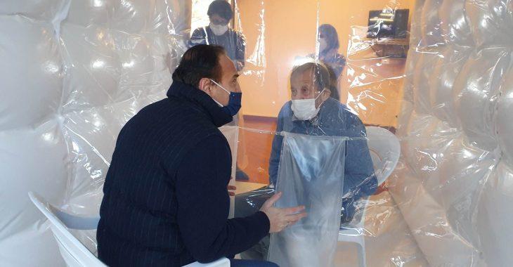 Immagine In Rsa Pontedassio la 'Camera degli abbracci'
